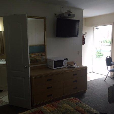 Oceanic Inn Picture