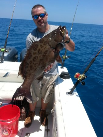 Jacksonville offshore fishing charters for Deep sea fishing jacksonville