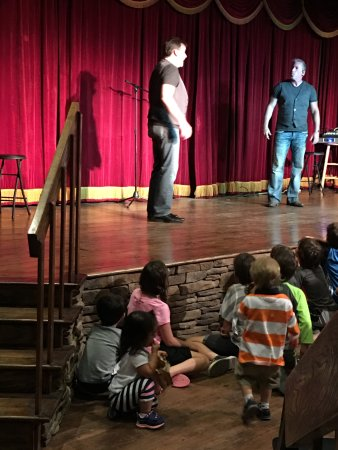 Rocking Horse Ranch Resort: comedy show