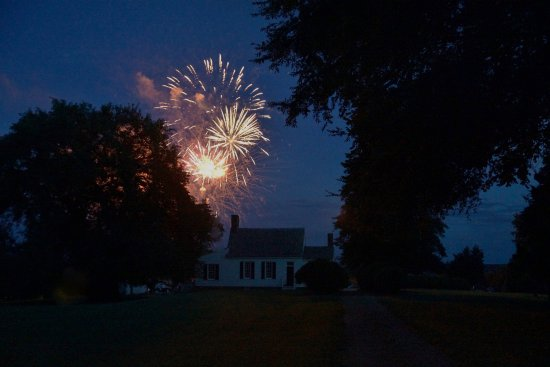 Brookneal, Вирджиния: Independence Day Celebration on July 4th!