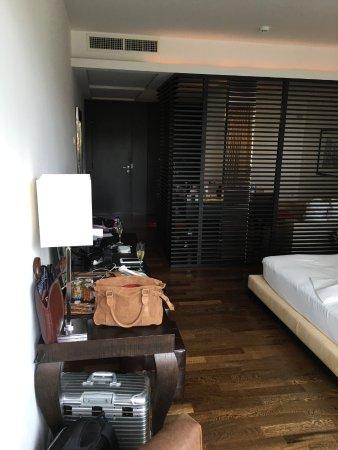 Argentario Golf Resort & Spa: Blick vom Balkon in das Zimmer