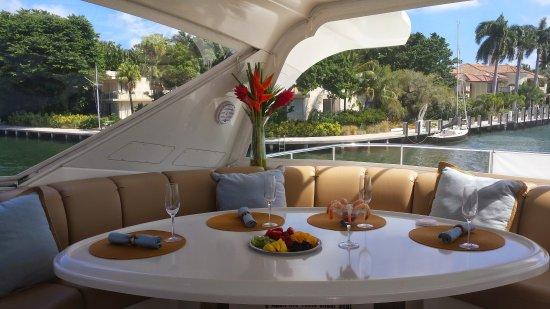 Coastal Yacht Tours: Lunch on the Enclosed Bridge