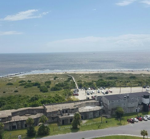 Tybee Island Lighthouse Museum: Amazing views.   Worth the climb.