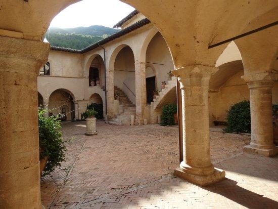 Abbazia San Pietro in Valle Bild
