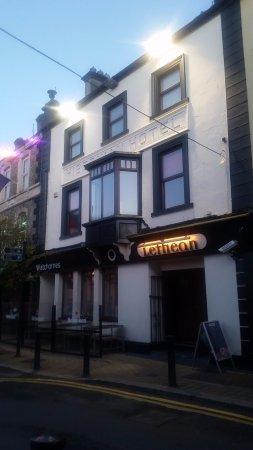Lethean: A Thursday evening at a Portlaoise pub