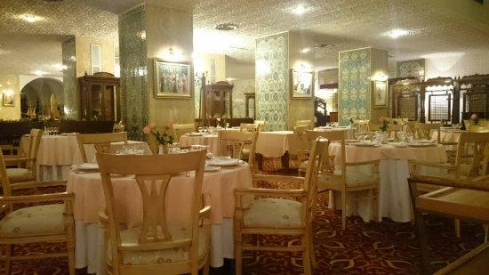 Hotel Saint George El Djazair : DSC_0210_large.jpg