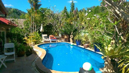 Sunshine Guest House Phuket Thailand: IMAG0895_large.jpg