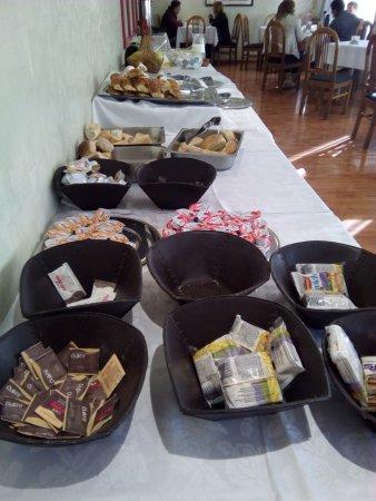 Salles Hotel: Desayuno muy completo