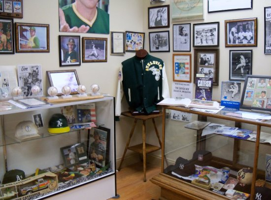 ‪Jim Catfish Hunter Museum‬