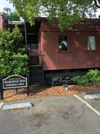 Napa Valley Railway Inn: So charming