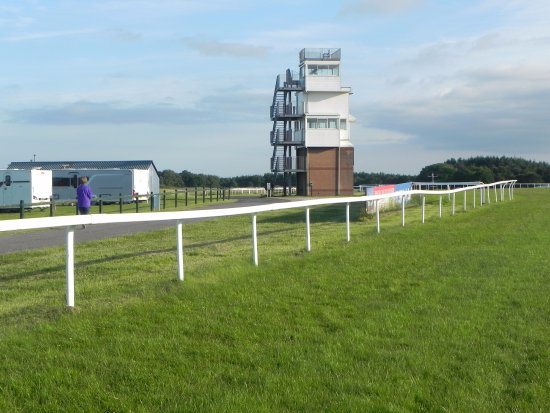 Exeter Racecourse: Commentary tower