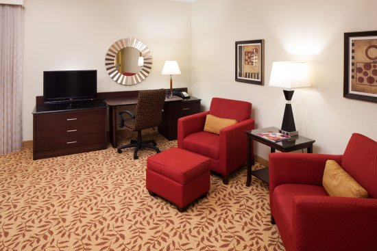 Houston Marriott Energy Corridor: Deluxe Guest Room