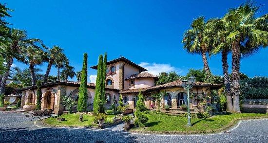 Villa di bacco ricevimenti foto di villa di bacco di for Torrisi arredi giardino catania