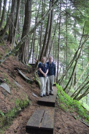 Wrangell, AK: The trail consisted of mainly wooden planks and steps.