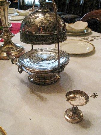 Conrad-Caldwell House Museum (Conrad's Castle) : Fine dining