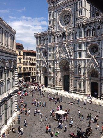 Vista do apartamento - Picture of Soggiorno Battistero, Florence ...