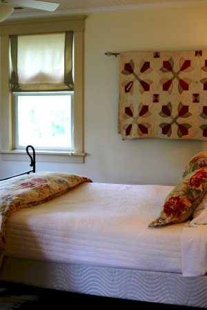 Hot Springs, VA: bedroom in bull barn d