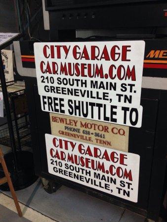 City Garage Car Museum : photo3.jpg