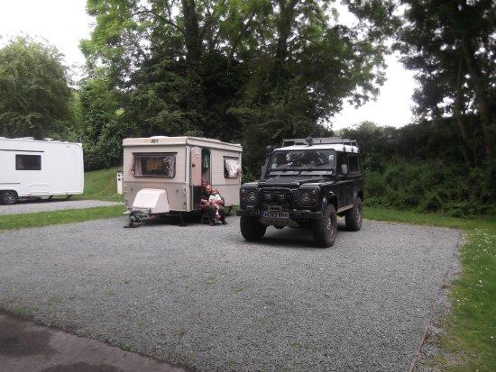 Land Rover Hotel Picture Of Cambridge Cherry Hinton Caravan Club