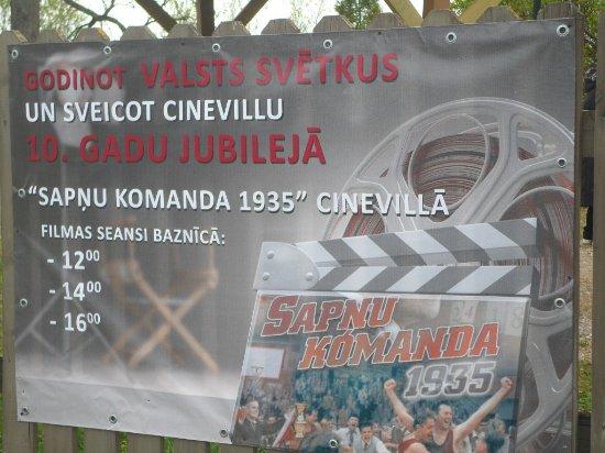 Tukums, Letonia: реклама сеансов на фильмы