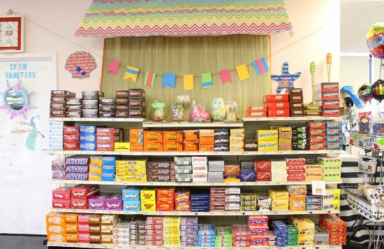 Weaver Nut Sweets & Snacks: Bulk Candy Bars Galore!