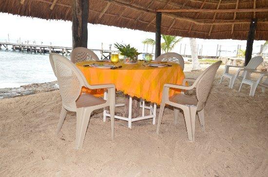 Casa Bonita and Villas: beach palapa