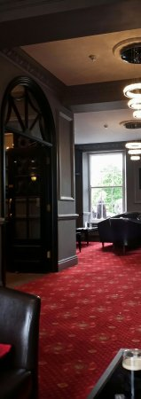 Grand St Leger Hotel: Superb hotel bar.