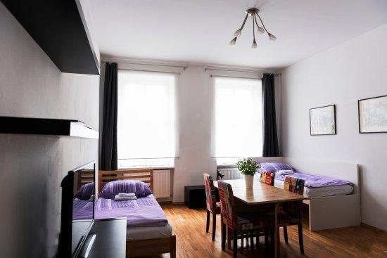 Old Vienna Apartments: Quartett bedding area
