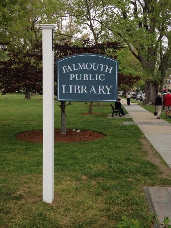 ‪The Falmouth Public Library‬