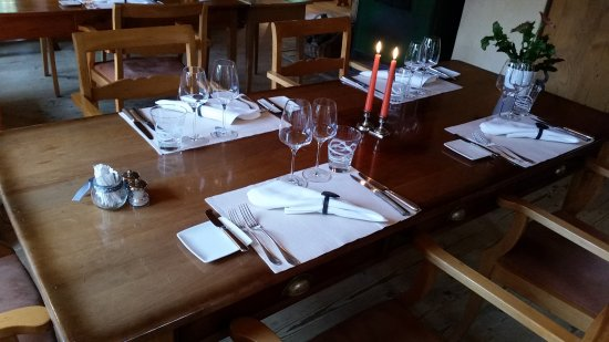 Rossinière, Suiza: La table