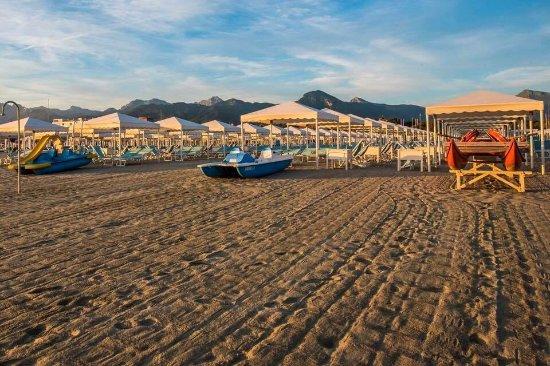Picture of bagno brunella e ada beach lido di camaiore tripadvisor - Bagno brunella lido di camaiore ...