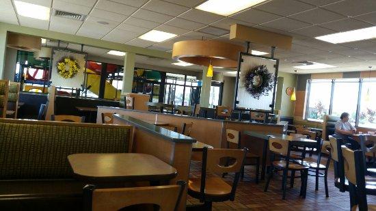 Mcdonalds Escanaba Restaurant Reviews Phone Number Photos