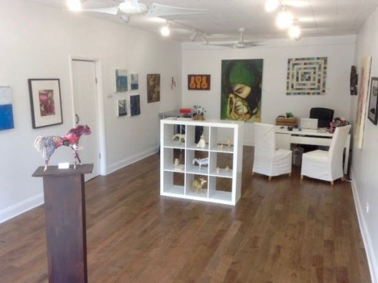 Saugerties, NY: Emerge Gallery & Art Space