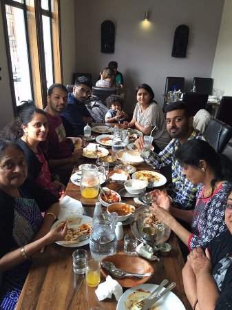 Sharmilee Restaurant: Great Family Outing at Sharmilee's