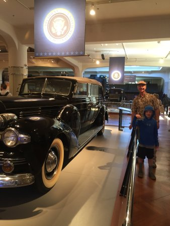 The Henry Ford: President Motorcades
