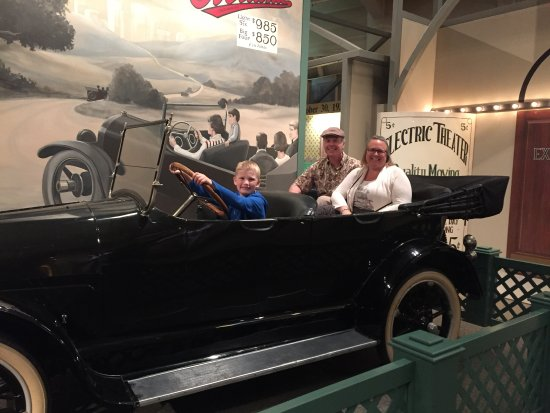 The Henry Ford: Vintage car