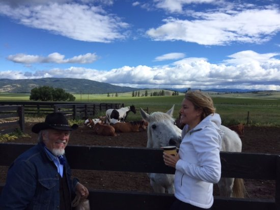 Greenough, MT: We got close up with the horses!