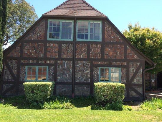 โซลแวง, แคลิฟอร์เนีย: Exterior Elverhoj Museum