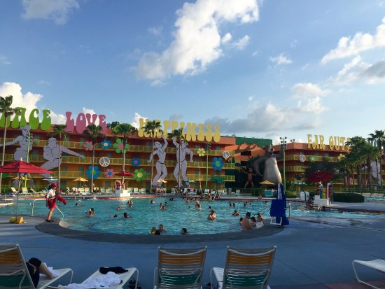 Hippie dippie pool picture of disney 39 s pop century for Pool show in orlando 2016