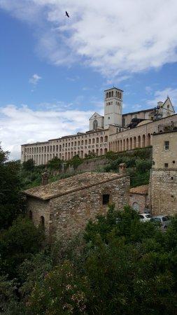 Hotel Cenacolo: la basilica de san francisco