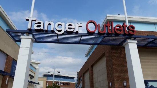 Other Results for Tanger Outlets National Harbor Coupons: Tanger Outlets | National Harbor/Washington DC. STORES CLOSING EARLY TODAY AT 5PM. Tanger Outlets National Harbor/Washington DC will close today Tuesday, March 20, .