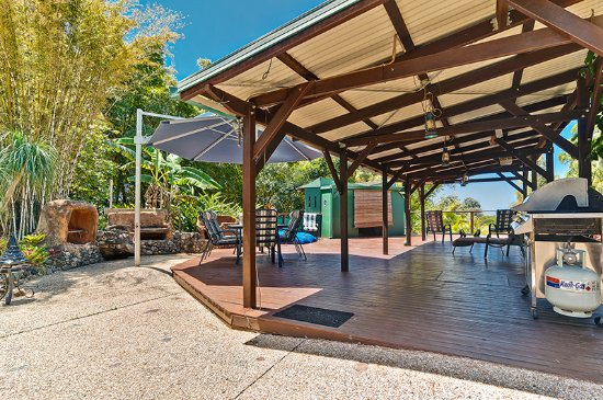 Doonan, Australia: Decking area