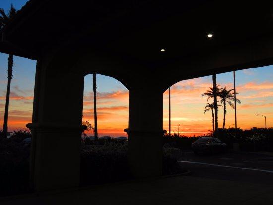 Hilton Garden Inn Carlsbad Beach: Sunset from the hotel