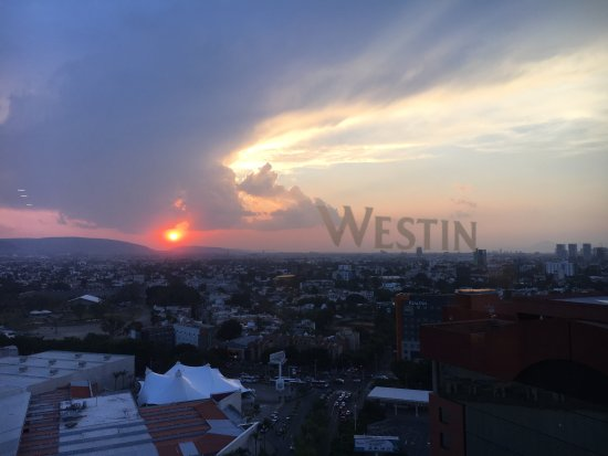 The Westin Guadalajara: Gorgeous sunsets
