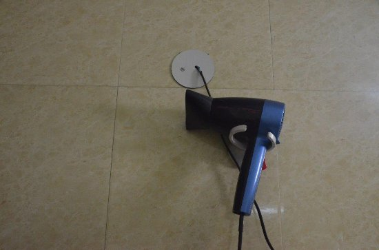 The Janpath Hotel: Poor wiring job on hair dryer - not fit for high quality hotel