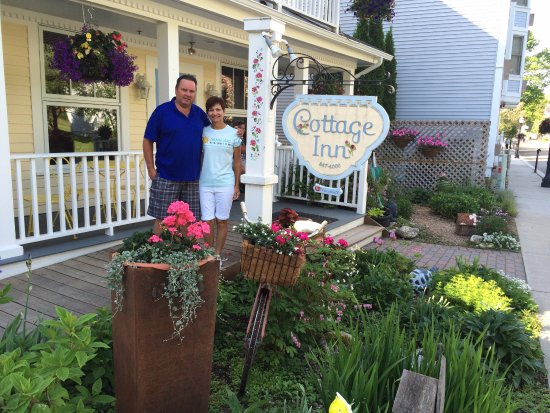 Cottage Inn of Mackinac Island: Front of B & B