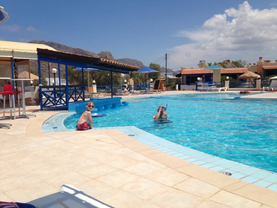 Zorbas Beach Village Hotel: A selection of photos from the Zorbas Beach Village in Stavros!
