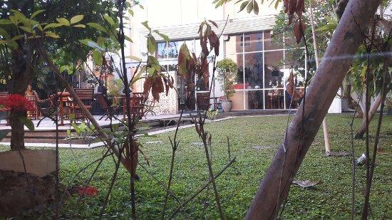 Ibis Bali Kuta: TA_IMG_20160621_074853_large.jpg