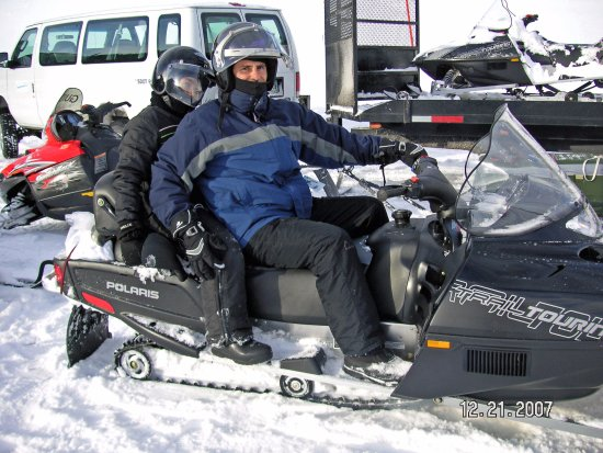 Jackson Hole Snowmobile Tours : Getting Ready to take off on the tour