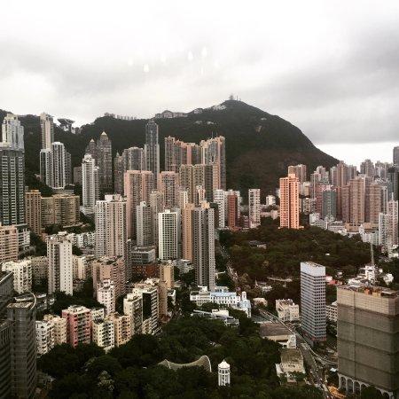 Island Shangri-La Hong Kong: Club lounge, room , we one gifts, spa